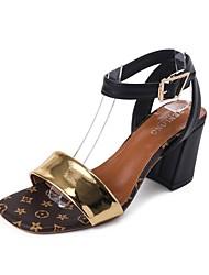 Недорогие -Жен. Обувь Полиуретан Лето Удобная обувь Сандалии Блочная пятка Открытый мыс Пряжки для Черный Темно-коричневый