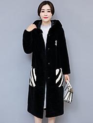 Cappotto di pelliccia Da donna Per uscire Moda città Inverno,Tinta unita Monocolore Con cappuccio Cashmere Poliestere Lungo Manica lunga