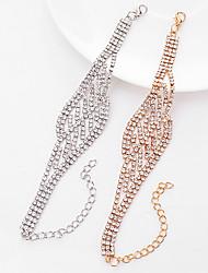 Недорогие -Жен. Теннисные браслеты Стразы Мода Pоскошные ювелирные изделия Сплав В форме цветка Бижутерия Назначение Для вечеринок Повседневные
