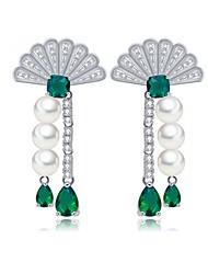 abordables -Mujer Pendientes cortos Pendientes colgantes Esmeralda sintética Circonita Joyería de Lujo Elegant Zirconia Cúbica Esmeralda Forma