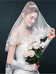 cheap -One-tier Lace Applique Edge Wedding Veil Blusher Veils Elbow Veils With Applique Sparkling Glitter Tulle