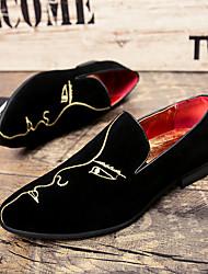 baratos -Homens sapatos Camurça Outono / Inverno Sapatos de mergulho / Sapatos formais / Conforto Mocassins e Slip-Ons Preto