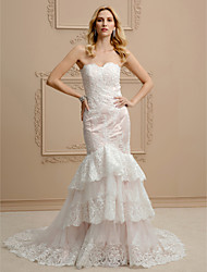 Mermaid / Trumpet Strapless Court Train Lace Tulle Wedding Dress with Appliques Tiered by LAN TING BRIDE®