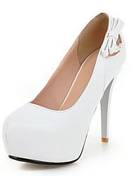 preiswerte -Damen Schuhe PU Frühling Herbst Komfort Neuheit High Heels Stöckelabsatz Runde Zehe Niete Für Hochzeit Party & Festivität Weiß Schwarz