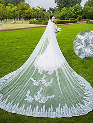 Two-tier Wedding Veil Chapel Veils Cathedral Veils With Applique Sequin Scattered Bead Floral Motif Style Lace Tulle