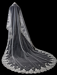 cheap -One-tier Lace Applique Edge Bridal Wedding Wedding Veil Chapel Veils 53 Applique Sequin Rhinestones Lace Tulle