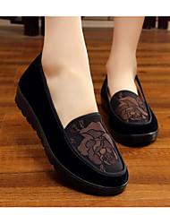 Недорогие -Жен. Обувь Ткань Весна / Осень Удобная обувь Мокасины и Свитер Кофейный / Красный