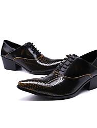 preiswerte -Herren Schuhe Echtes Leder Winter Herbst Neuheit formale Schuhe Outdoor für Hochzeit Party & Festivität Schwarz und Gold
