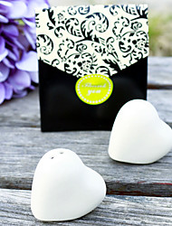 cheap -2 Hearts in One Salt and Pepper Shakers Beter Gifts®