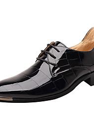preiswerte -Herrn Schuhe Lackleder Herbst / Winter formale Schuhe Outdoor Schwarz / Rot / Blau / Party & Festivität