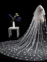 baratos -Duas Camadas Corte da borda Modern Véus de Noiva Véu Catedral Peça para Cabeça Com Apliques Tule