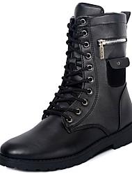 baratos -Homens sapatos TPU Inverno Outono Forro de peles Coturnos Botas Botas Curtas / Ankle Tachas para Casual Preto