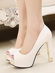 preiswerte -Damen Schuhe PU Frühling / Herbst Komfort Sandalen für Weiß / Schwarz