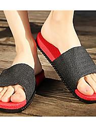 baratos -Homens sapatos Pele PVC Primavera / Outono Conforto Chinelos e flip-flops Preto / Azul Escuro / Azul Real