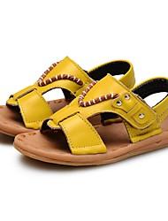 Недорогие -Мальчики Обувь Кожа Лето Удобная обувь / Обувь для малышей Сандалии для Белый / Черный / Желтый