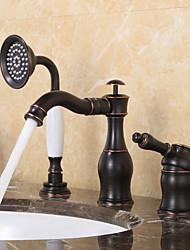 Недорогие -Смеситель для ванны - Античный / Традиционный Начищенная бронза Разбросанная Керамический клапан Bath Shower Mixer Taps / Одной ручкой три отверстия