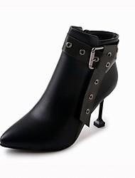 abordables -Femme Chaussures Polyuréthane Hiver Bottes à la Mode Bottes Talon Aiguille Bout pointu Bottine / Demi Botte Boucle Noir / Marron