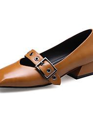 abordables -Femme Chaussures Polyuréthane Printemps / Automne Confort Chaussures à Talons Talon Bottier Boucle Noir / Beige / Marron / Habillé