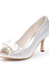 preiswerte -Damen Schuhe Seide Frühling Sommer Pumps Hochzeit Schuhe Niedriger Heel Peep Toe Satin Blume für Hochzeit Party & Festivität Elfenbein