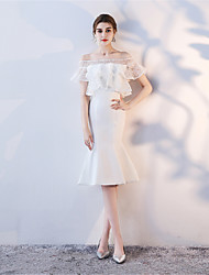 cheap -Mermaid / Trumpet Bateau Tea Length Lace Graduation Dress