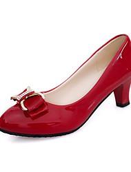 baratos -Mulheres Sapatos Couro Ecológico Primavera Outono Conforto Saltos Salto Robusto Ponta Redonda para Casual Branco Preto Bege Vermelho