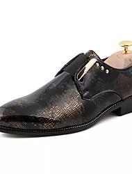 Недорогие -Муж. Официальная обувь Лакированная кожа / Полиуретан Весна / Осень Удобная обувь Мокасины и Свитер Желтый / Синий / Винный / Печать Оксфорд