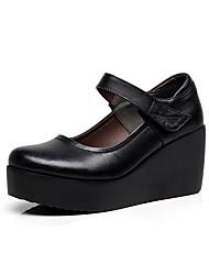 Недорогие -Жен. Обувь Микроволокно Весна Осень Туфли лодочки Обувь на каблуках Туфли на танкетке для Повседневные Офис и карьера Черный