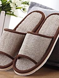 baratos -Mulheres Unisexo Sapatos Linho Primavera Outono Conforto Chinelos e flip-flops Salto Baixo para Bege Café