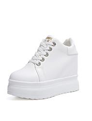 Недорогие -Жен. Обувь Полиуретан Осень / Зима Удобная обувь Кеды На плоской подошве Белый / Черный