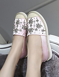 preiswerte -Damen Schuhe PU Frühling Herbst Komfort Loafers & Slip-Ons Flacher Absatz Geschlossene Spitze für Draussen Rosa Mandelfarben