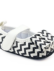 cheap -Girls' Shoes Leatherette Spring / Fall Comfort / First Walkers / Crib Shoes Flats Bowknot / Magic Tape for Black / White