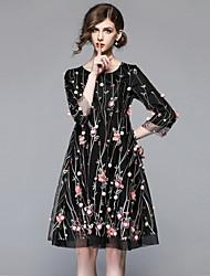 Недорогие -Жен. Винтаж Изысканный Свободный силуэт Платье - Цветочный принт, Вышивка До колена