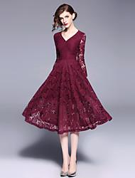 Недорогие -Жен. Уличный стиль С летящей юбкой Платье - Однотонный, Кружева Средней длины