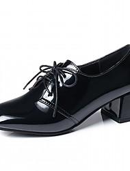 baratos -Mulheres Sapatos Courino Primavera / Outono Conforto / Inovador Saltos Salto Robusto Ponta quadrada Preto / Azul / Vinho / Festas & Noite