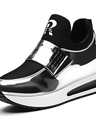 Недорогие -Жен. Обувь Лакированная кожа Полиамидная ткань Весна Осень Удобная обувь Кеды На плоской подошве для Офис и карьера Черный