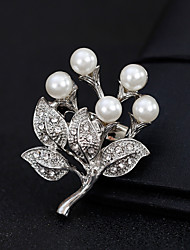 cheap -Women's Brooches - Pearl Flower European, Fashion Brooch Gold / Silver For Wedding / Daily