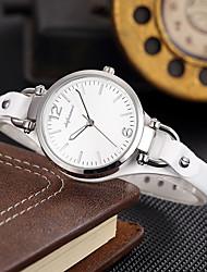 Недорогие -SHIFENMEI Жен. Кварцевый Уникальный творческий часы Модные часы Японский Календарь Защита от влаги Натуральная кожа Группа Роскошь На