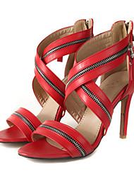 preiswerte -Damen Schuhe PU Sommer Pumps Sandalen Stöckelabsatz Offene Spitze Niete für Büro & Karriere / Party & Festivität Schwarz / Rot / Rosa