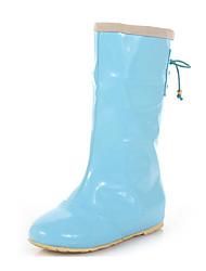 baratos -Mulheres Sapatos Borracha Primavera Botas de Chuva Botas Sem Salto para Preto / Rosa claro / Azul Claro