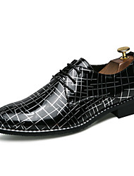 Недорогие -Муж. Печать Оксфорд Полиуретан Осень Удобная обувь Туфли на шнуровке Черный и золотой / Черно-белый