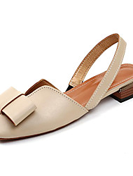 Недорогие -Жен. Обувь Полиуретан Лето Удобная обувь Сандалии На плоской подошве Круглый носок Бант Бежевый / Коричневый
