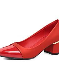 Недорогие -Жен. Обувь Лакированная кожа / Дерматин Осень Туфли лодочки Обувь на каблуках Блочная пятка Круглый носок Бежевый / Красный / Зеленый
