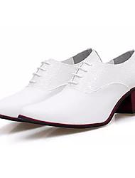 Недорогие -Муж. Полиуретан Осень Удобная обувь Туфли на шнуровке Белый / Черный