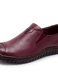 Недорогие -Жен. Обувь Кожа Весна Удобная обувь Мокасины и Свитер На плоской подошве Круглый носок Черный / Темно-лиловый: