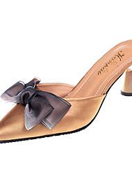 Недорогие -Жен. Обувь Ткань / Полиуретан Весна / Лето Удобная обувь Башмаки и босоножки На толстом каблуке Заостренный носок Бант Черный / Бежевый /