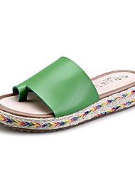 Недорогие -Жен. Обувь Искусственное волокно Лето Удобная обувь Сандалии На плоской подошве Черный / Коричневый / Зеленый
