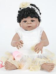 Недорогие -FeelWind Куклы реборн Девочки Индийская девушка 22 дюймовый Полный силикон для тела - как живой Искусственная имплантация Коричневые глаза Детские Девочки Игрушки Подарок