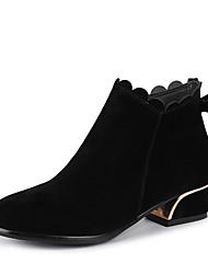baratos -Mulheres Sapatos Couro Sintético Inverno Botas da Moda / Curta / Ankle Botas Salto Baixo Ponta Redonda Botas Curtas / Ankle Laço Preto / Fúcsia / Amêndoa / Festas & Noite