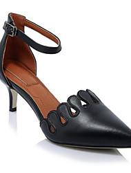 preiswerte -Damen Schuhe Leder Frühling Sommer Pumps High Heels Stöckelabsatz Spitze Zehe Weiß / Schwarz