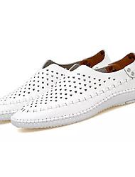 Недорогие -Муж. Искусственная кожа Лето Удобная обувь Сандалии Белый / Коричневый / Синий